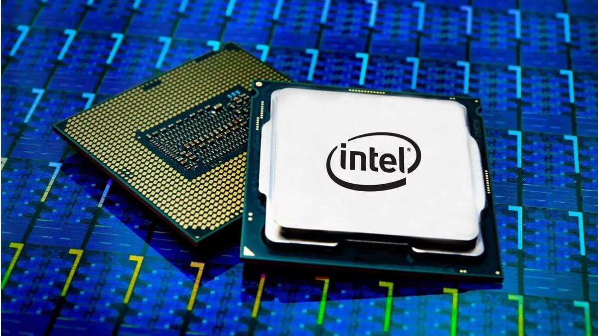 CPU của máy tính bàn giúp kiểm soát hoạt động của các bộ phận