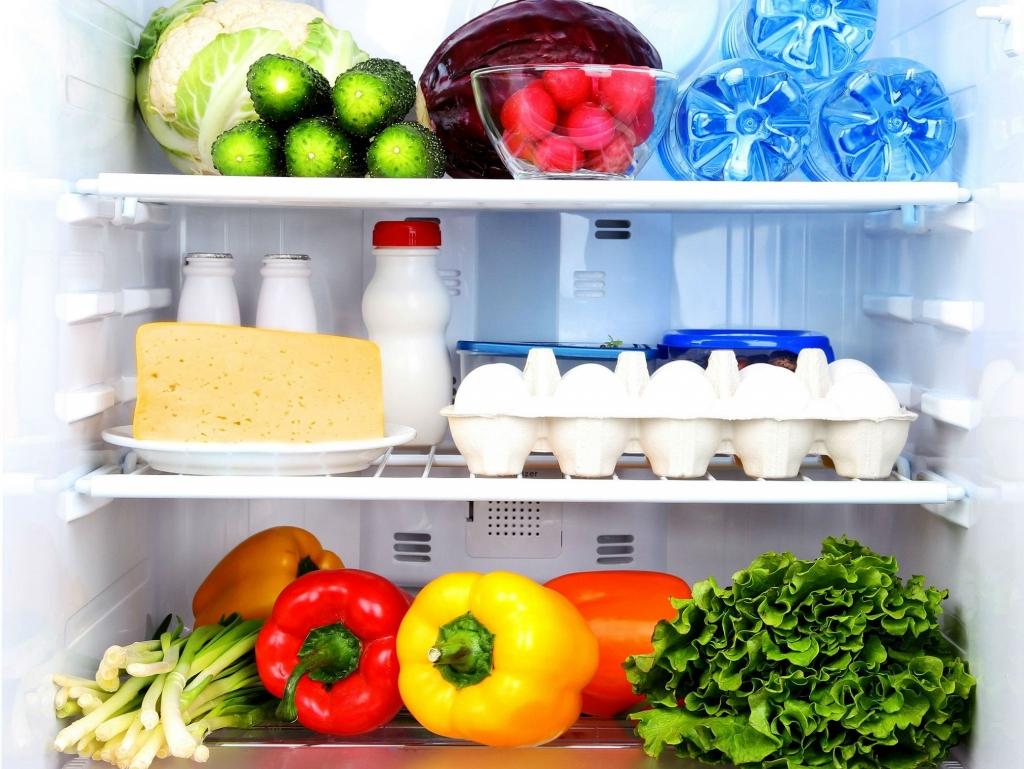 Cần phải bảo quản thực phẩm để tránh hư hại